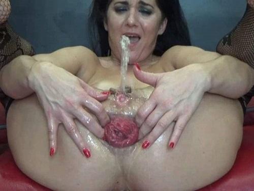 Anal Stretching – Hungarian BIackangel squirt during rough loose her big prolapse anus