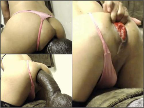 Anal Prolapse – Webcam big ass shemale exciting rides on a monster brown dildo with prolapse